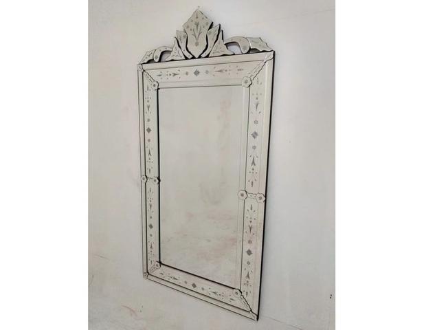 Imagem de Espelho Pena Grande Antigo - Moldura Trabalhada