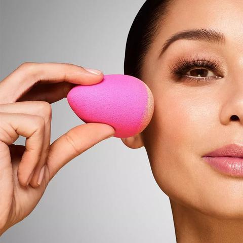 Imagem de Esponja Maquiagem Tipo Blender P/ Base Corretivo Gota Lancam