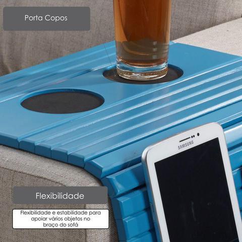 Imagem de Esteira de Madeira para Braço de Sofá com Porta Copos e Controle Remoto - Laca Azul