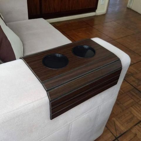 Imagem de Esteira De Madeira Para Braço De Sofá Suporte Para Copos