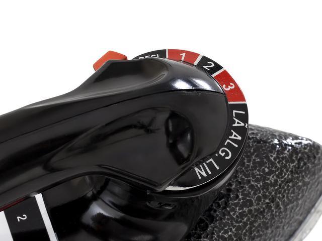 Imagem de Ferro de Passar a Seco Black + Decker VFA Eco