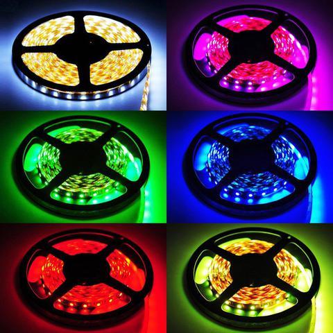 Imagem de Fita de led colorida com controle embutido