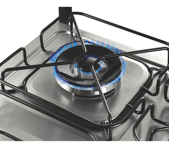 Imagem de Fogão Brastemp 4 bocas embutir cor Inox com dupla chama e grill