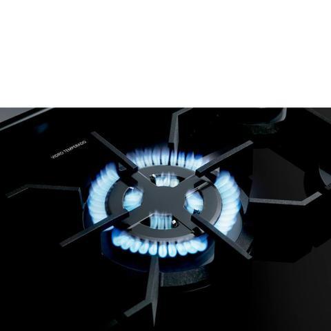 Imagem de Fogão Brastemp 5 Bocas preto com mesa de vidro e turbo chama