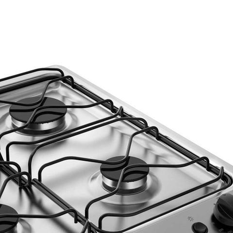 Imagem de Fogão de Piso com Queimadores Potentes e Porta Full Glass Electrolux (76UB6)