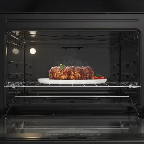 Imagem de Fogão de Piso cor Prata com Mesa de Vidro e Tripla Chama Electrolux (76USV)