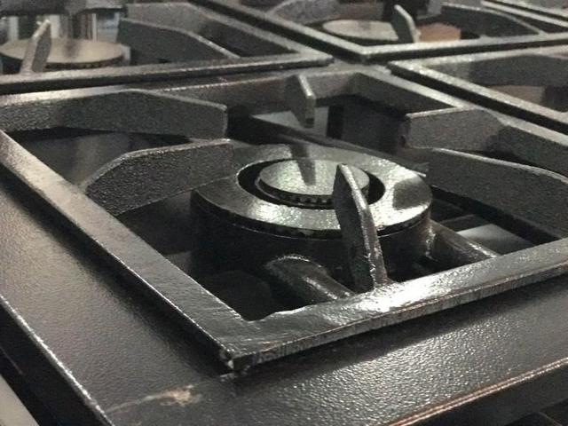 Imagem de Fogão Industrial 4 bocas com Forno Tampa inox Grelha 30x30