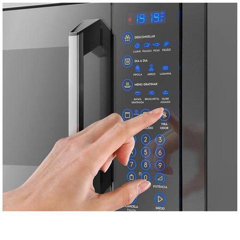 Imagem de Forno Eletrico de Embutir Electrolux  80 Litros Inox 220V OE9XT + Micro-ondas de Embutir 34 Litros Inox - 110v - MX43T
