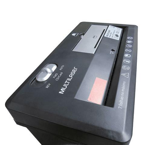 Imagem de Fragmentadora De Papel 7 Folhas Em Tiras Cd E Cartão 127V Preta - Multilaser