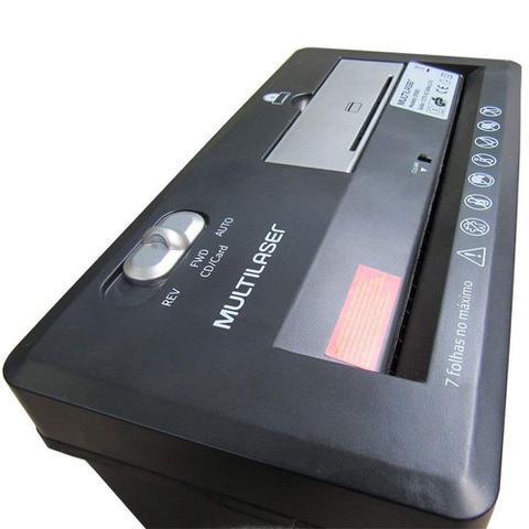 Imagem de Fragmentadora de papel e cartão até 7 folhas com cesto 220V Preta Multilaser - OF004