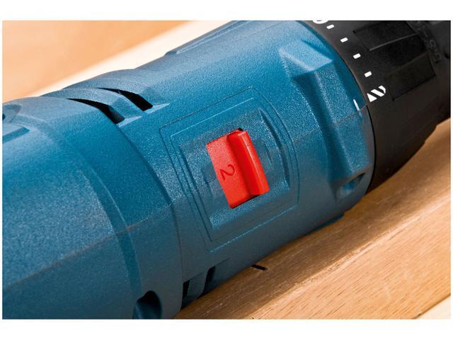 Imagem de Furadeira e Parafusadeira Elétrica Bosch 400W