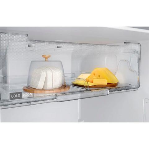 Imagem de Geladeira Brastemp Frost Free Duplex 375 litros cor Inox com Espaço Adapt - BRM45HK