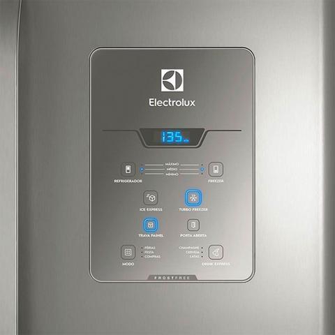 Imagem de Geladeira Electrolux DM84X 3 Portas Frost Free 579L