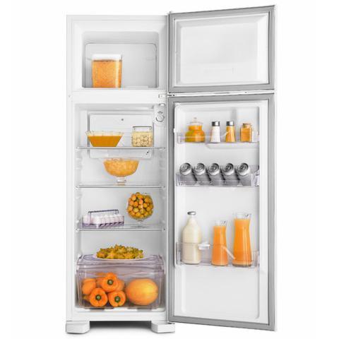 Imagem de Geladeira Refrigerador Electrolux 2 Portas 260 Litros Defrost - DC35A