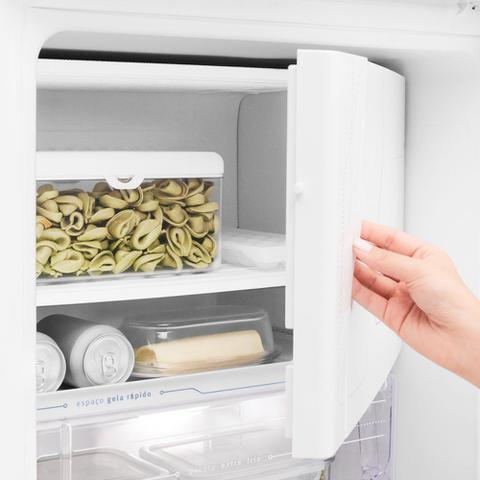 Imagem de Geladeira Refrigerador Electrolux 262 Litros 1 Porta Degelo Seco Classe A RDE33