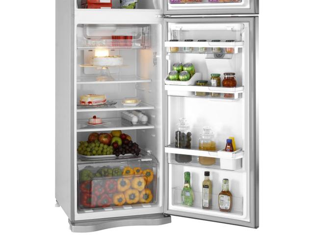 Imagem de Geladeira/Refrigerador Electrolux Frost Free Inox
