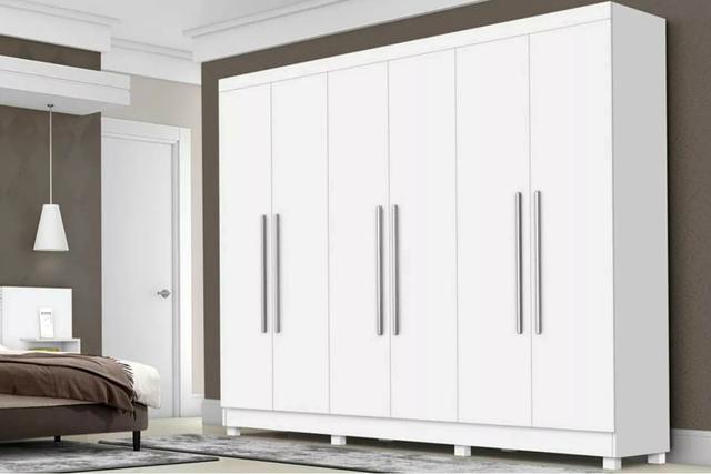 Imagem de Guarda Roupa de Casal Branco Grande Espaçoso Com Espelho 6 Portas e 4 Gavetas Corrediças Metálicas