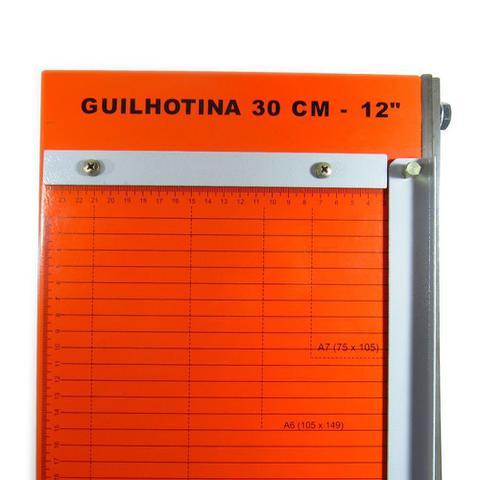 Imagem de Guilhotina de papel manual A4 30cm em aço Marpax 12 Folhas