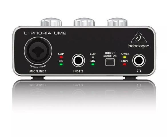 Imagem de Interface De Áudio Usb U-phoria Um2 Behringer De 48 Khz