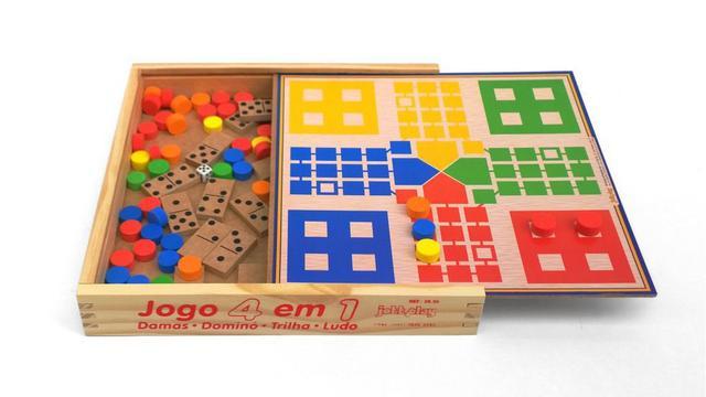 Imagem de Jogo 4 em 1 Dama Trilha Ludo Dominó em madeira JottPlay