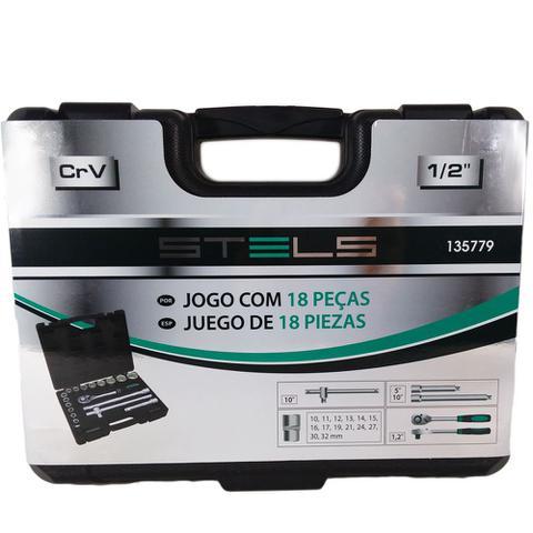 Imagem de Jogo de Soquetes Estriado Encaixe 1/2 - 10 A 32 MM 18 Peças STELS