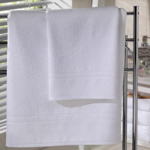 Imagem de Jogo de Toalhas Brancas Atacado Basic Com 1 Banho +1 Rosto