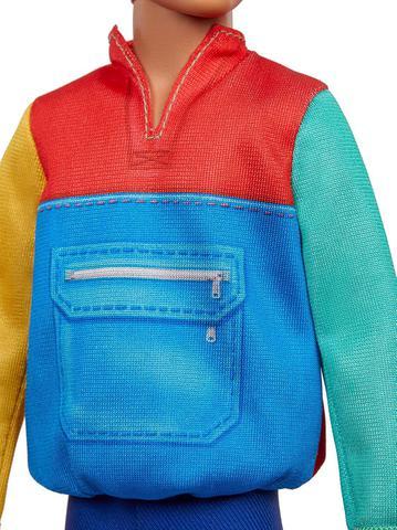 Imagem de Ken Fashionistas 163 Blusa Colorida GRB88 - Mattel