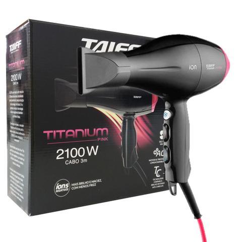 Imagem de Kit 127v - secador taiff titanium colors pink 2100w + prancha gama infinity one titanium 220c bvt