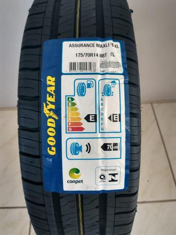 Imagem de Kit 2 Pneus Goodyear Assurance Maxlife 175/70 R14 88T