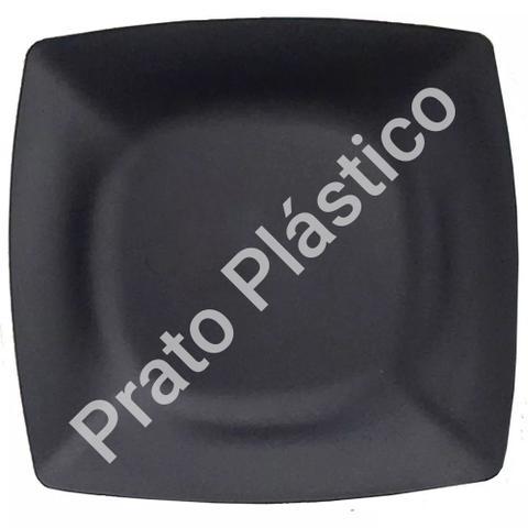Imagem de Kit 24 Pratos Sobremesa Plástico Rígido Quadrado Lavável de Festa Buffet 18x18 Cm Cor: Preta