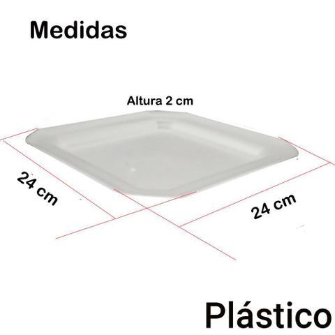 Imagem de Kit 30 Pratos Rasos Plástico Quadrado 24x24cm para Salada Lanche Cozinha Festa Buffet Cor: Branca