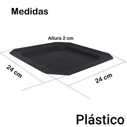 Imagem de Kit 30 Pratos Rasos Plástico Quadrado 24x24cm para Salada Lanche Cozinha Festa Buffet Cor: Preta