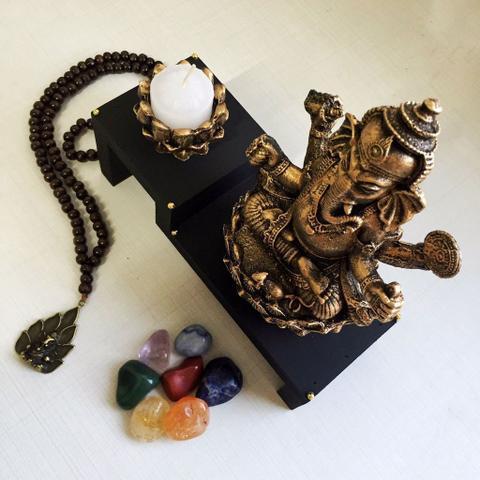 Imagem de Kit Altar de Ganesha + Castiçal + Japamala + Kit dos Chakras
