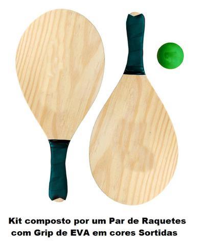 Imagem de Kit Caixa Térmica 34 Litros + Caneco com Alça e Canudo 700ml + Kit Frescobol