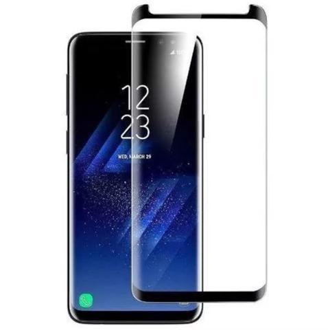 Imagem de Kit Capinha Silicone Antichoque + Película Vidro 5D Preta Samsung S8 Plus