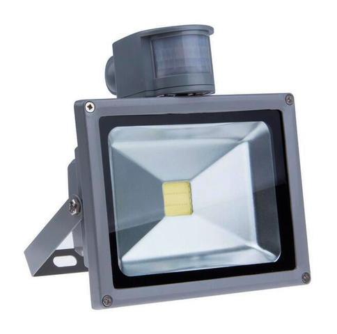 Imagem de Kit Com 05 Pecas - Holofote Refletor Super Led 50w Com Sensor De Movimento E Presenca Branco Frio Bivolt - A Prova Dagu