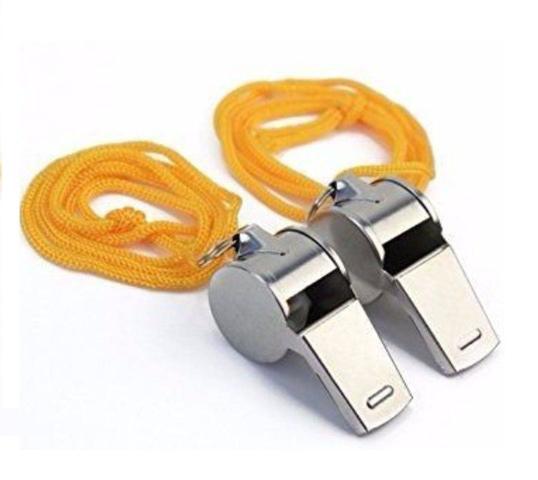 Imagem de Kit com 2 peças de apito de metal com cordão para pendurar