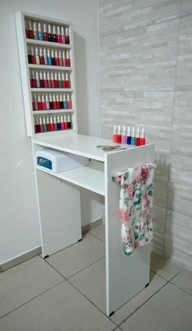 Imagem de KIT Manicure Mesa 60cm c/ prateleira e alças+expositor de esmaltes