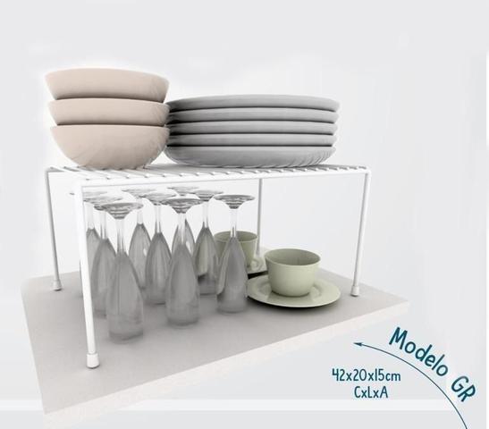 Imagem de Kit Organizador Aramado Cozinha Luxo Xícara Taça Prato 4Un