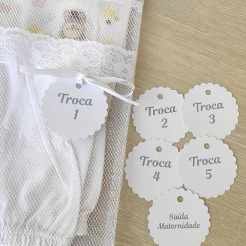 Imagem de Kit Saquinho Maternidade 6 Unidades Modelo Envelope com Renda + Tag Unissex