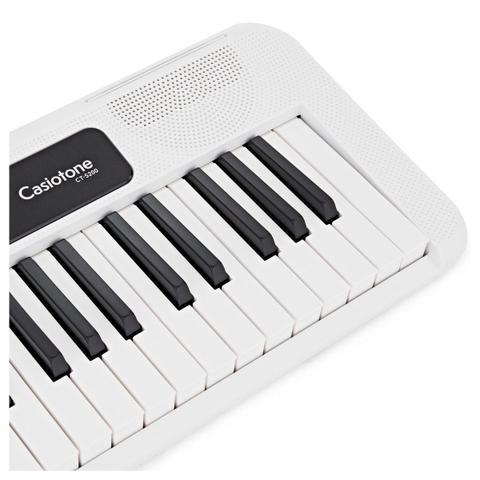 Imagem de Kit Teclado Musical CASIOTONE CT S200 CASIO Branco Aplicativo Chordana Play + Suporte X
