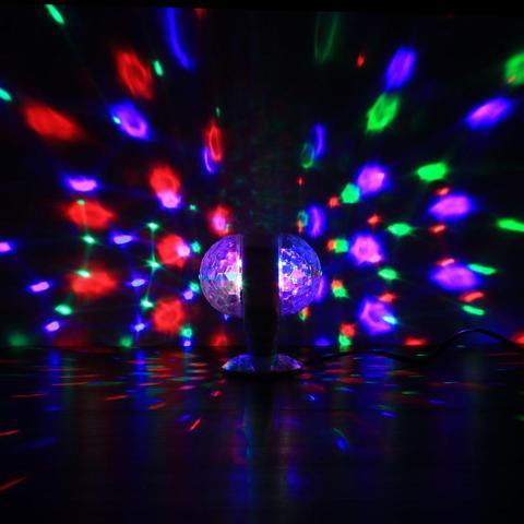 Imagem de Lampada Giratória Abajur Dupla Maluca Colorida Festa natal Palco Tomada