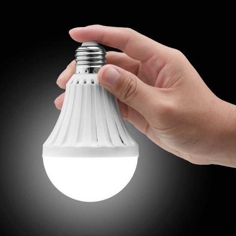 Imagem de Lâmpada LED Bulbo de Emergência 9W Branco Frio