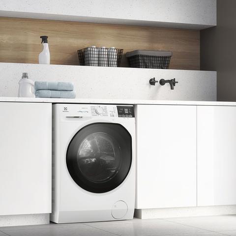 Imagem de Lava e Seca 11Kg/7Kg Electrolux Branca Perfect Care Inverter com Água Quente/Vapor (LSP11)