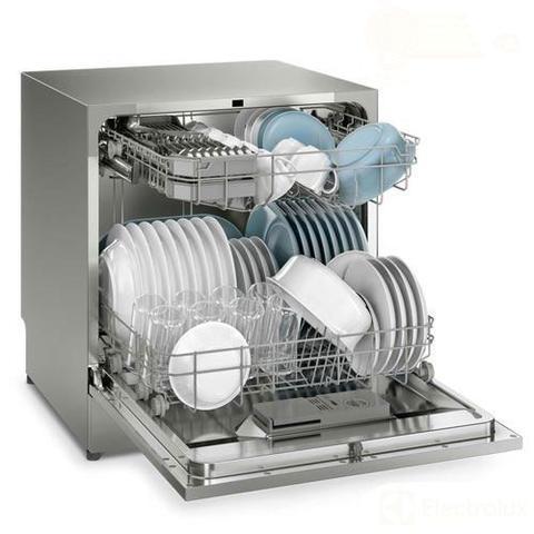 Imagem de Lava-Louças Electrolux Inox com 08 Serviços, 07 Programas de Lavagem e Painel Blue Touch - LL08S