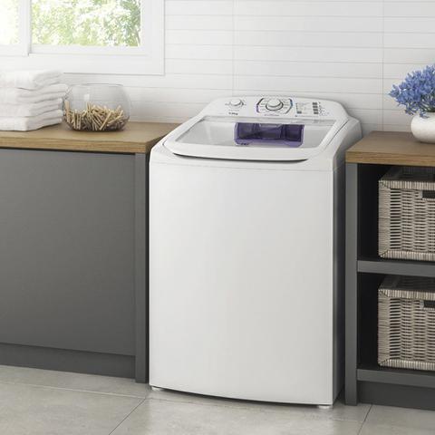 Imagem de Lavadora de Roupa Automática Electrolux 13kg com Dispenser Autolimpante LAC13