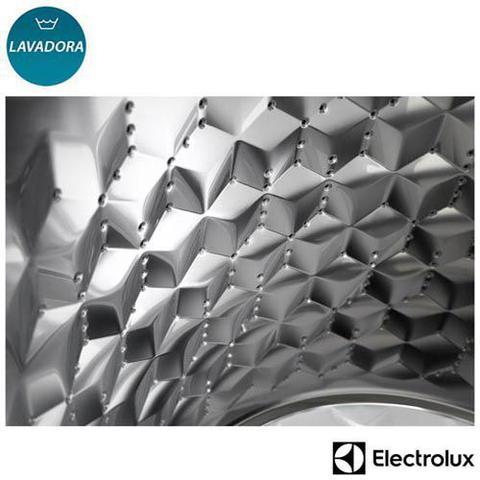Imagem de Lavadora de Roupas Electrolux 12 Kg Branca com 12 Programas de Lavagem - LAC12