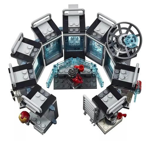 Imagem de Lego 76125 Vingadores Ultimato  Salão das Armaduras Homem Ferro - 524 peças