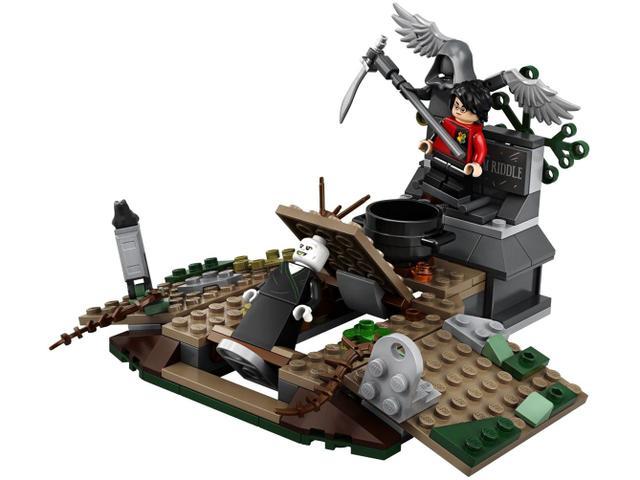 Imagem de LEGO Harry Potter O Ressurgimento de Voldemort