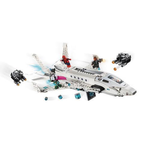 Imagem de LEGO Super Heroes - Disney - Marvel - Spider-Man - Longe de Casa - Ataque ao Avião Stark - 76130